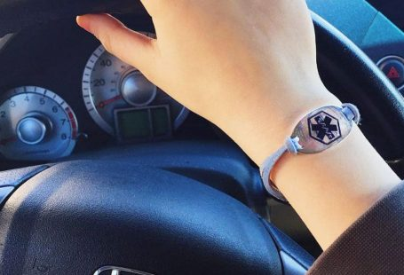 Medical ID Bracelet While Traveling